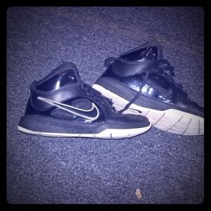 Size 4y Nike tennis shoes